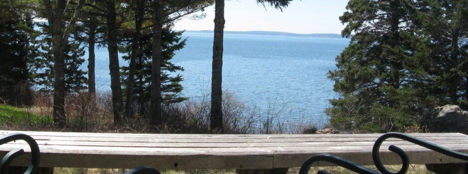 Cedarledge Cottage - Ocen view from deck